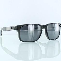 Oakley Holbrook Men's Lifestyle Sports Sunglasses/Eyewear -